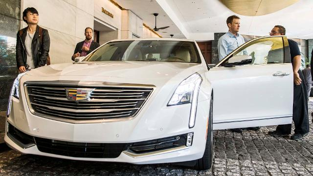 Cadillac Super Cruise system upgraded for hands-free lane-changing