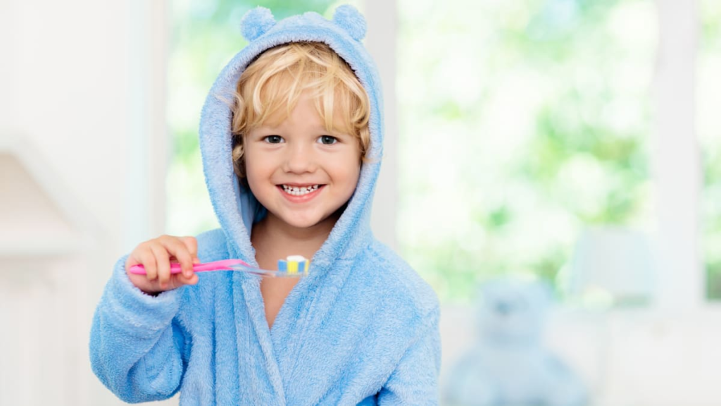 Everything you need to know about flossing kids' teeth