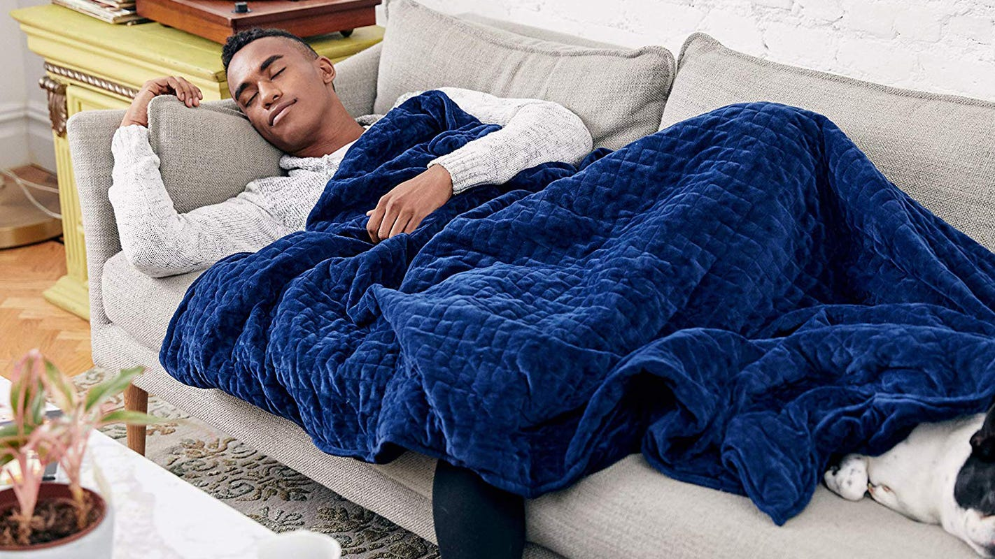 Get this popular weight blanket on sale at Amazon