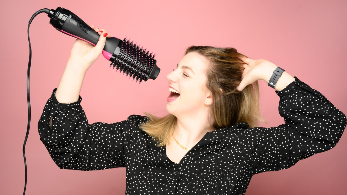 Revlon One-Step Hair Dryer and Volumizer review: Is it worth it?