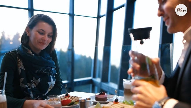 Valentine's Day 2020 food specials: Freebies and restaurant deals