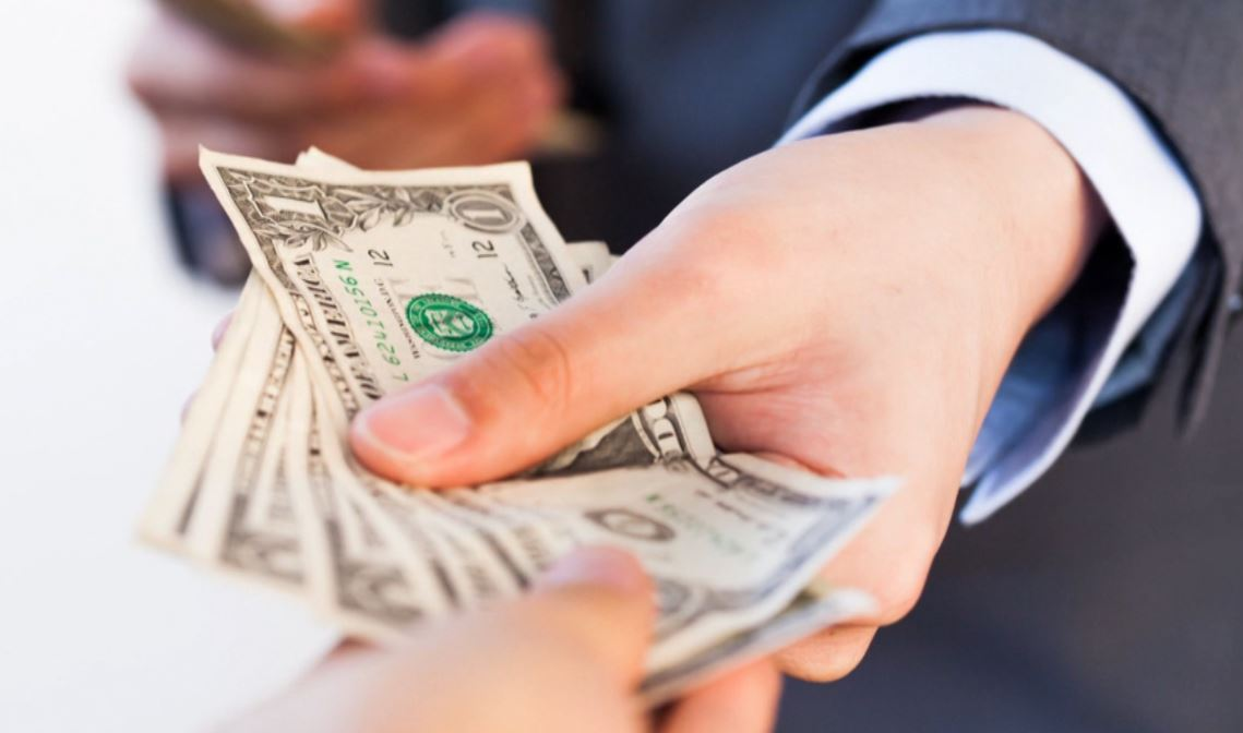 Why gratuities may be going out of style