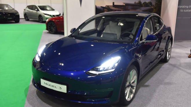 Tesla has made 1 million electric cars, CEO Elon Musk says