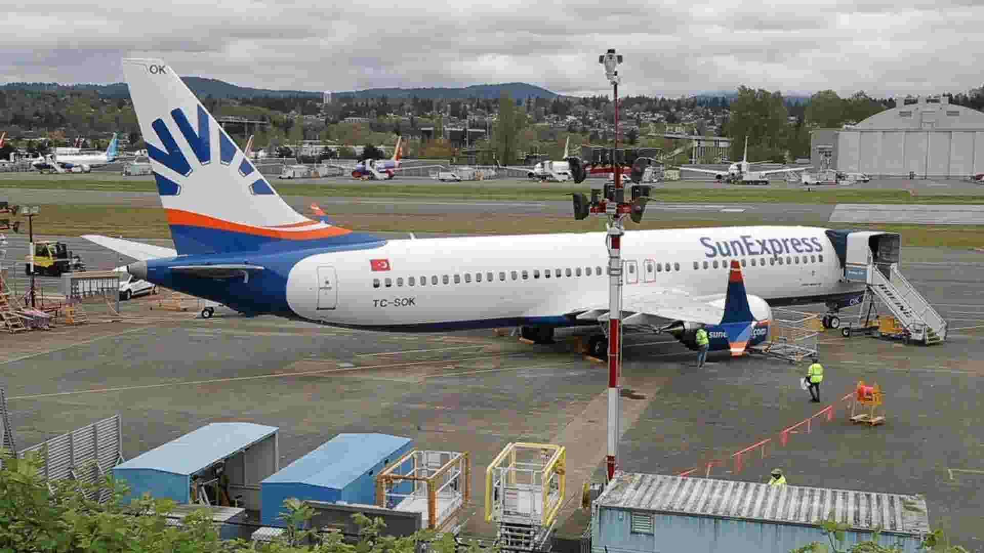 Boeing employees return to work amid virus worries
