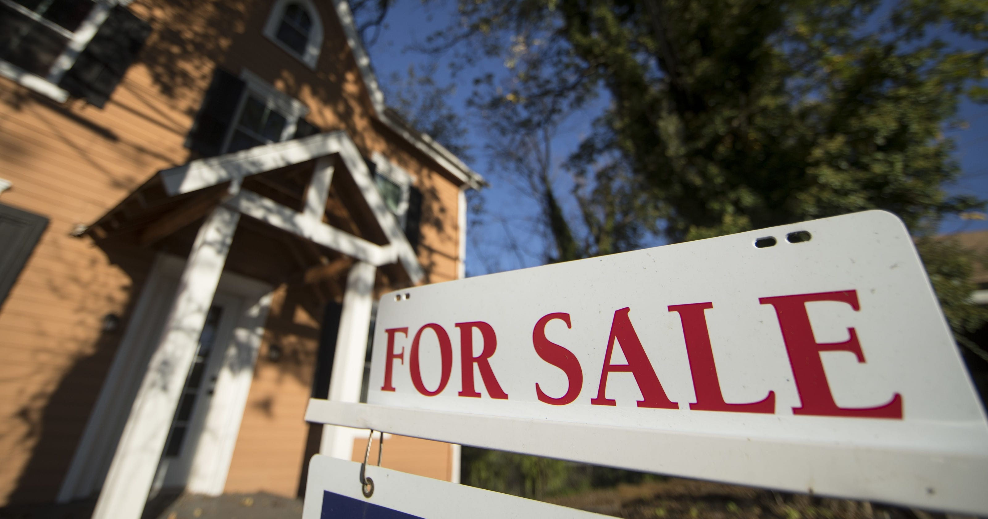 Is it a good time to buy a house? Poll shows shift as coronavirus hurts real estate sales