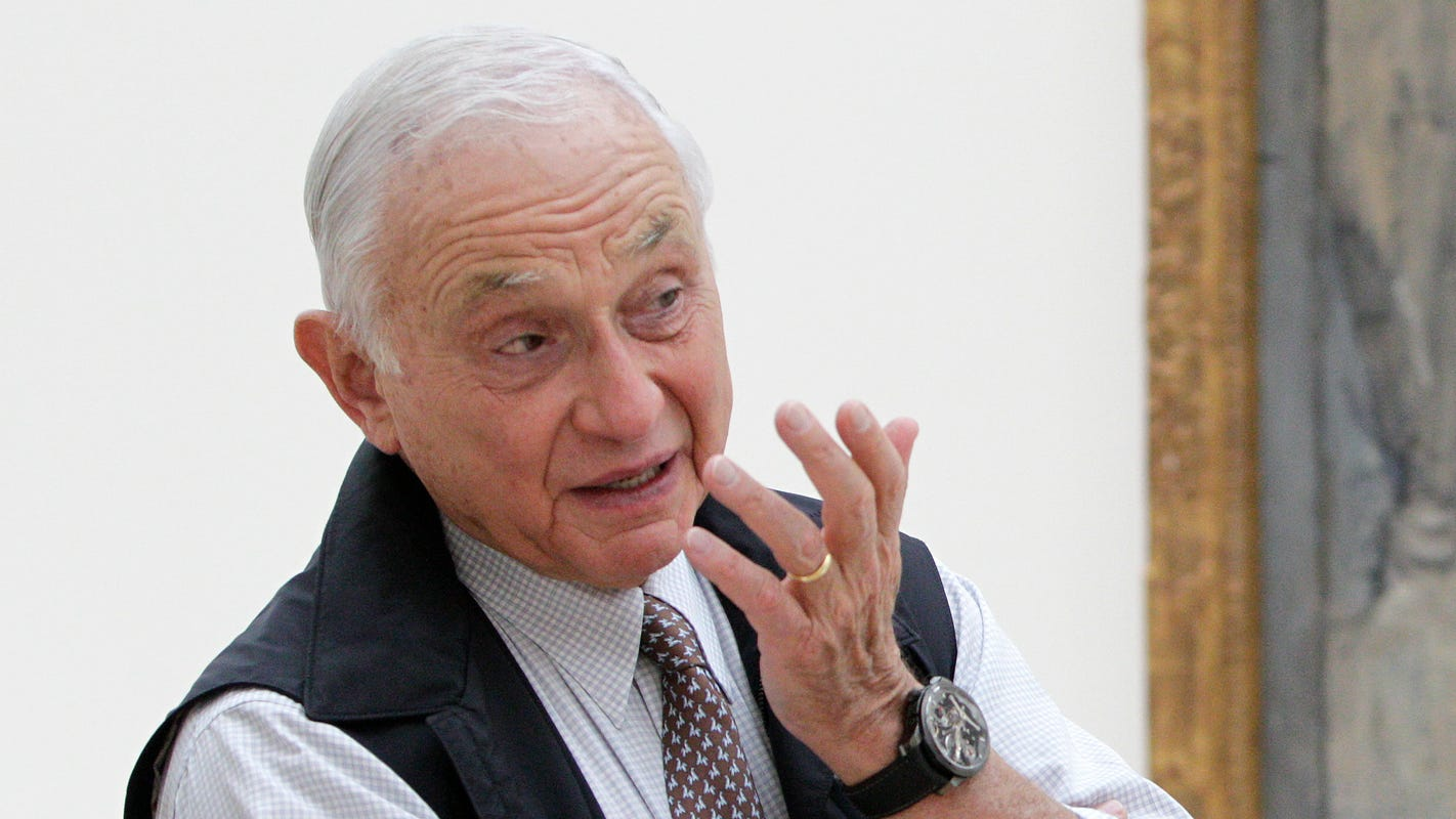 Leslie Wexner, L Brands chairman and CEO, steps down