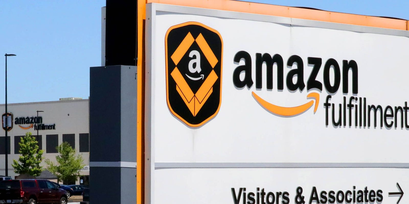 Officials ask to test all Amazon workers for COVID-19 in Wis. location