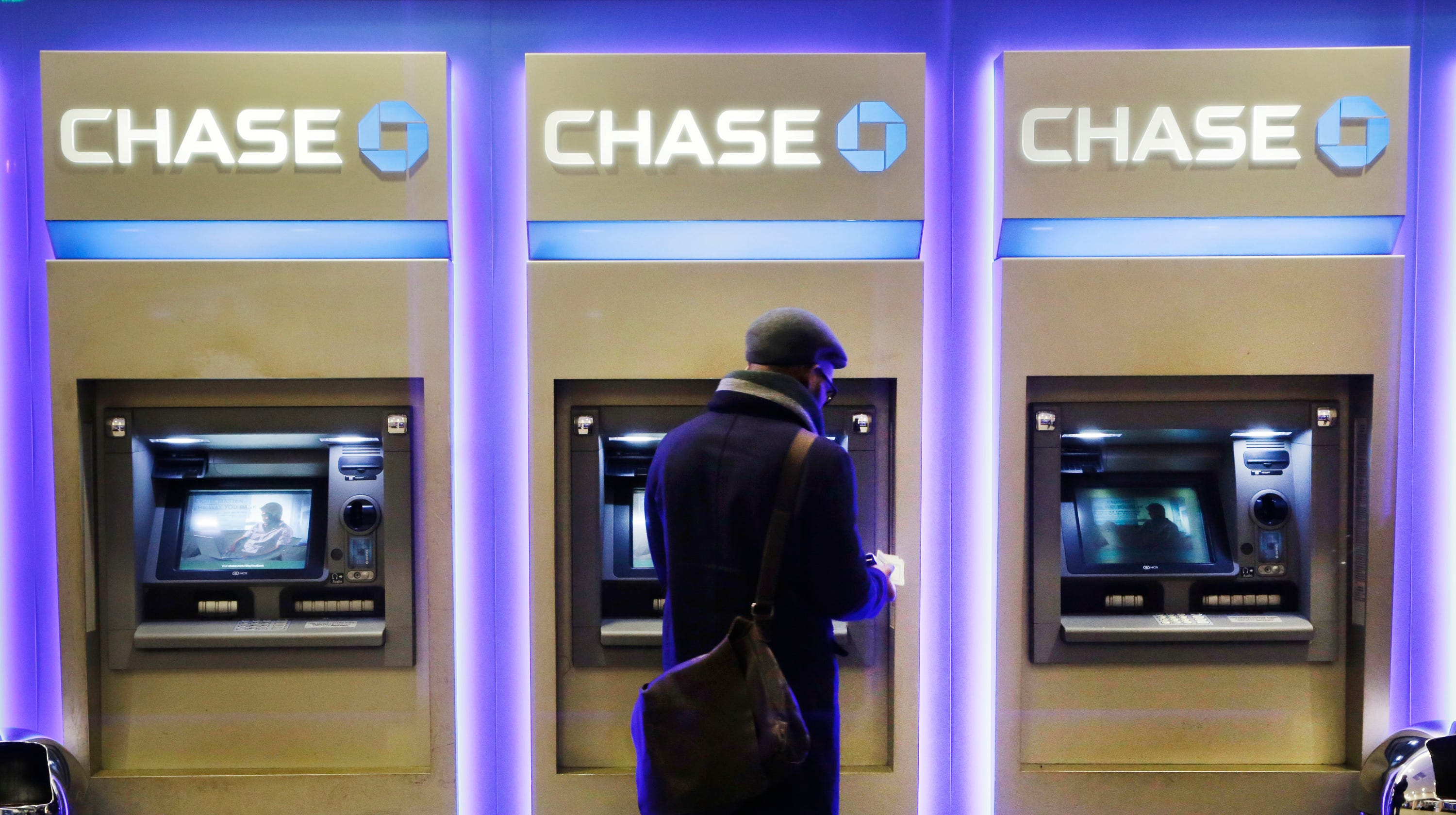 Chase checking account balance off? Bank says 'technical issue' was to blame