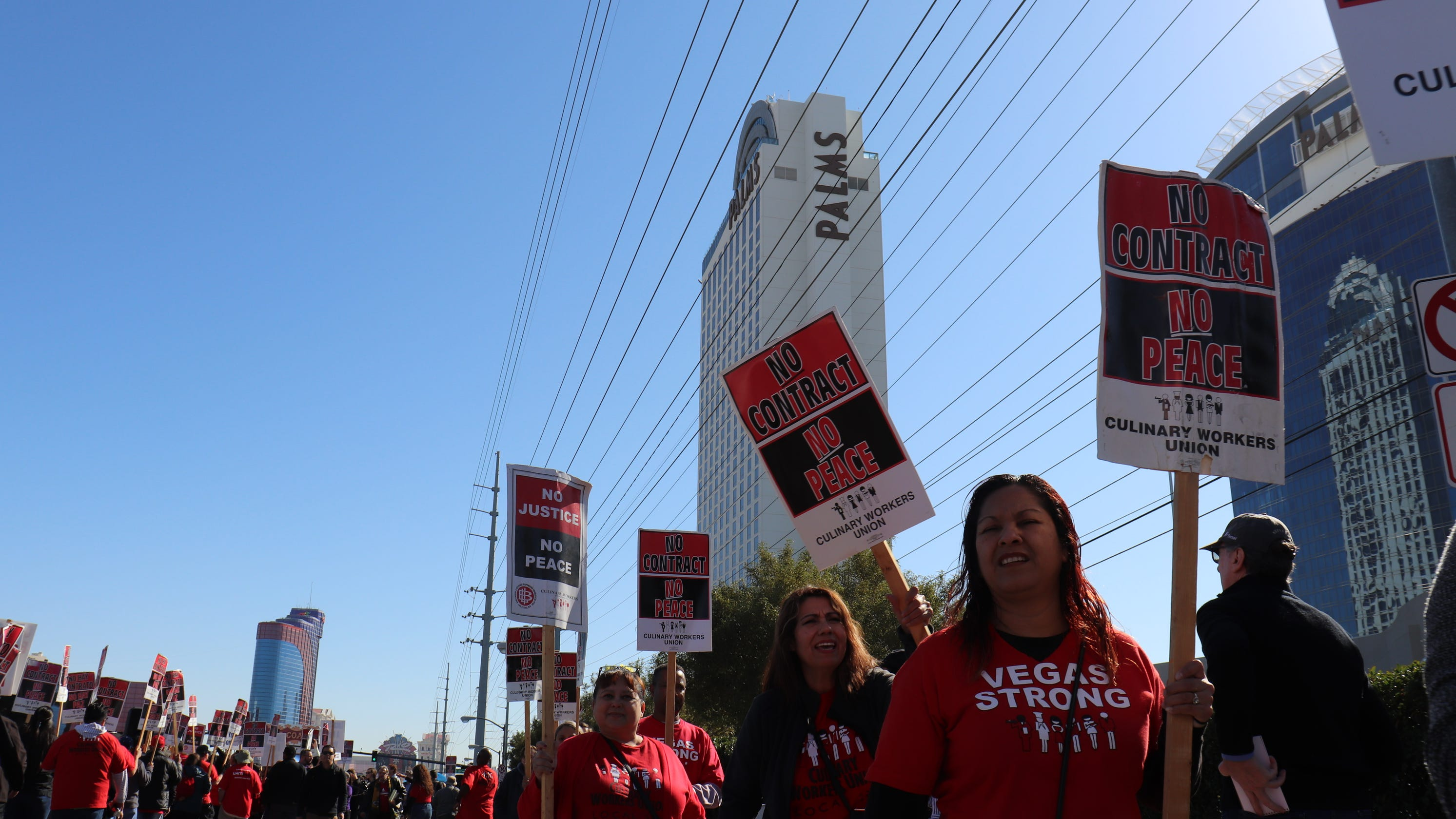 Culinary Union to sue Las Vegas casinos to protect workers from COVID