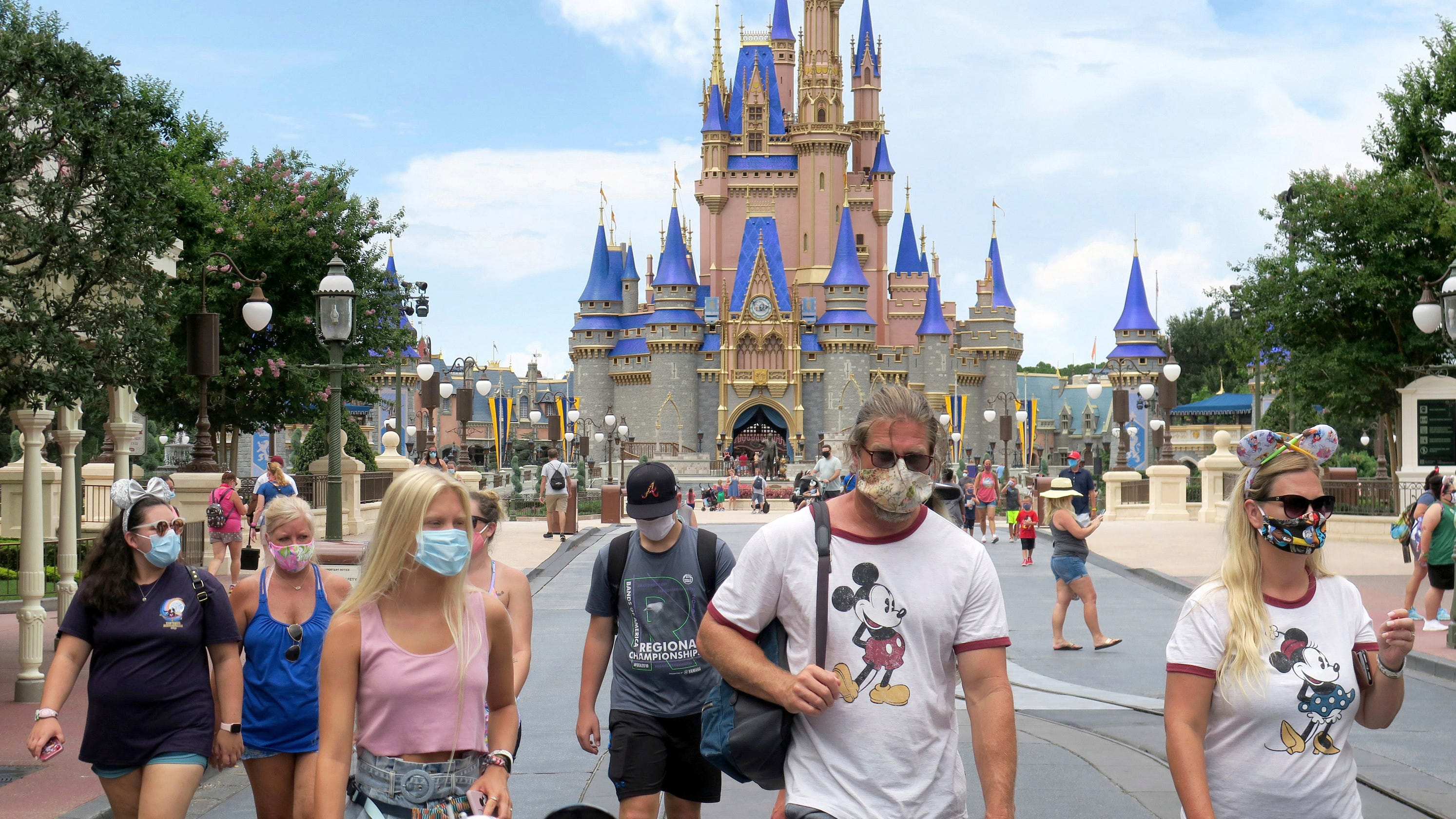 Disney World tightens face mask requirement: No eating while walking