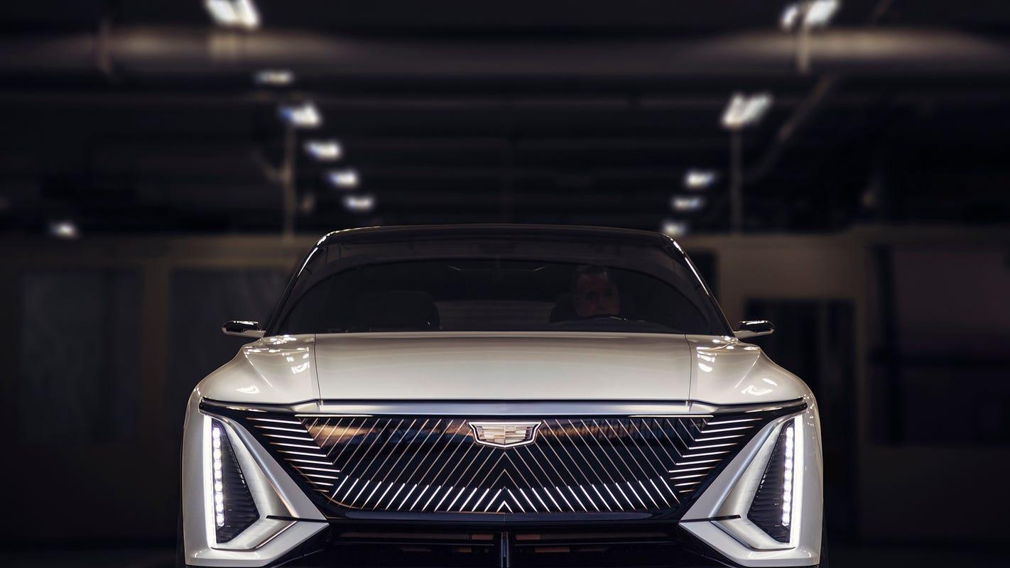 GM reveals Lyriq, Cadillac's first all-electric SUV