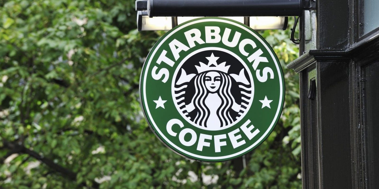 Starbucks encouraging their employees to go vote on Election Day