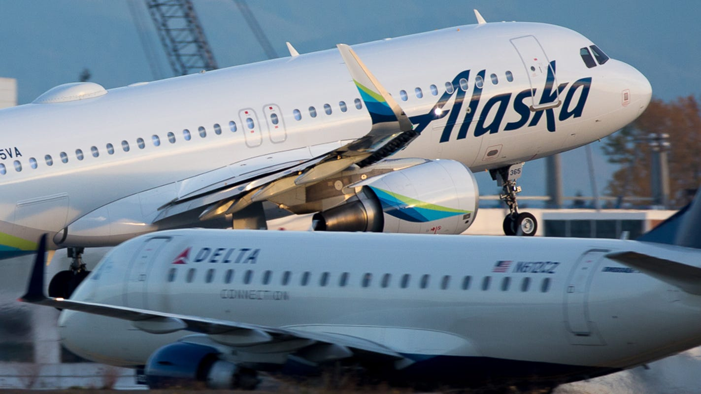 Alaska Airlines' buy-one, get-one fare sale comes with a bonus: an empty seat for COVID-19 safety