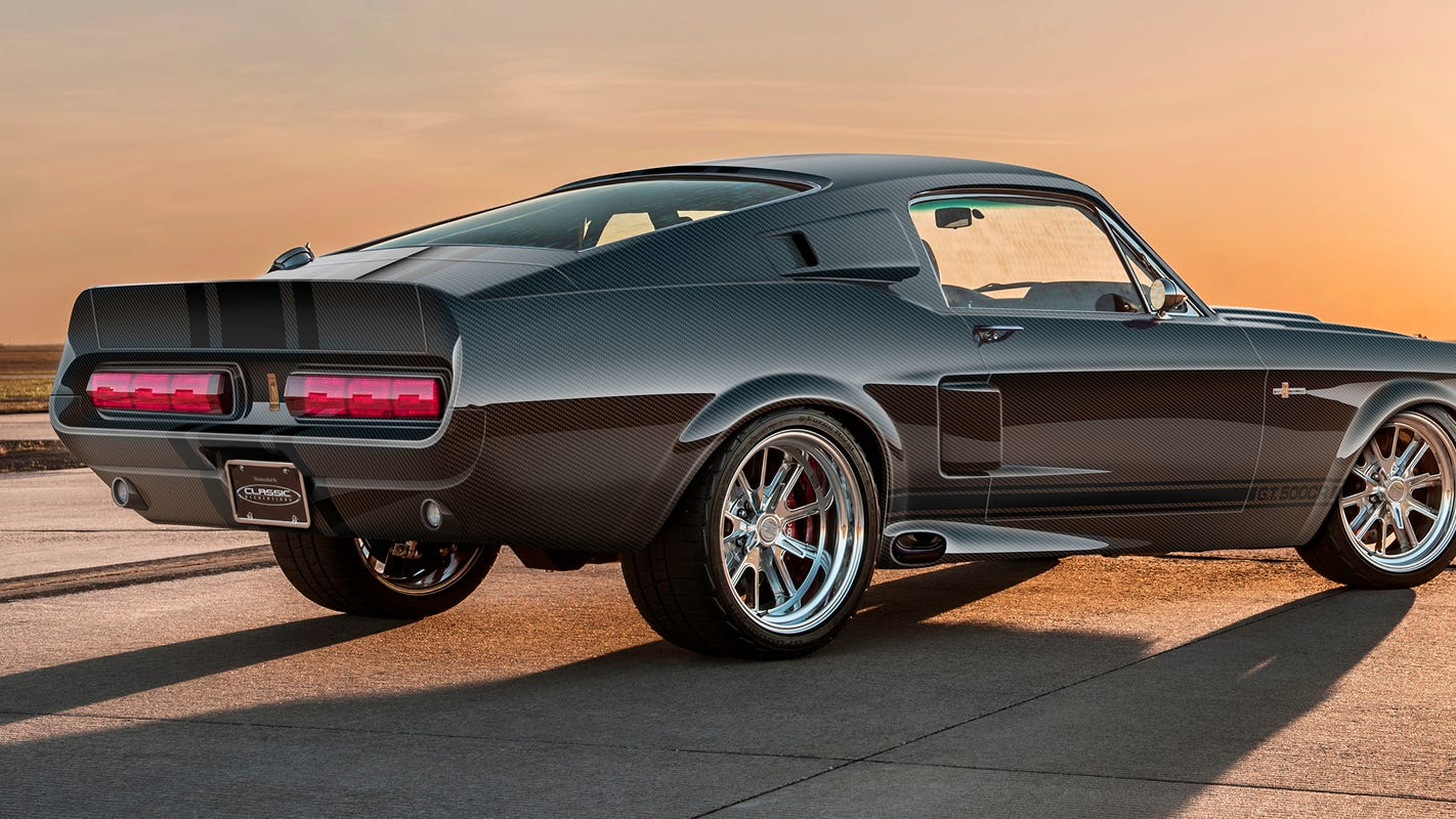 Carbon fiber Shelby GT500CR Mustang starts at $298K, made by hand