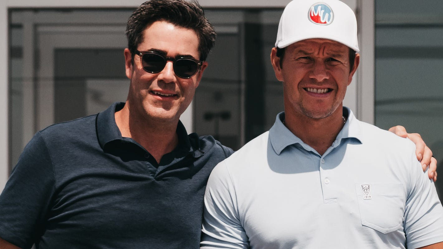 How Mark Wahlberg, car dealer became friends, business partners