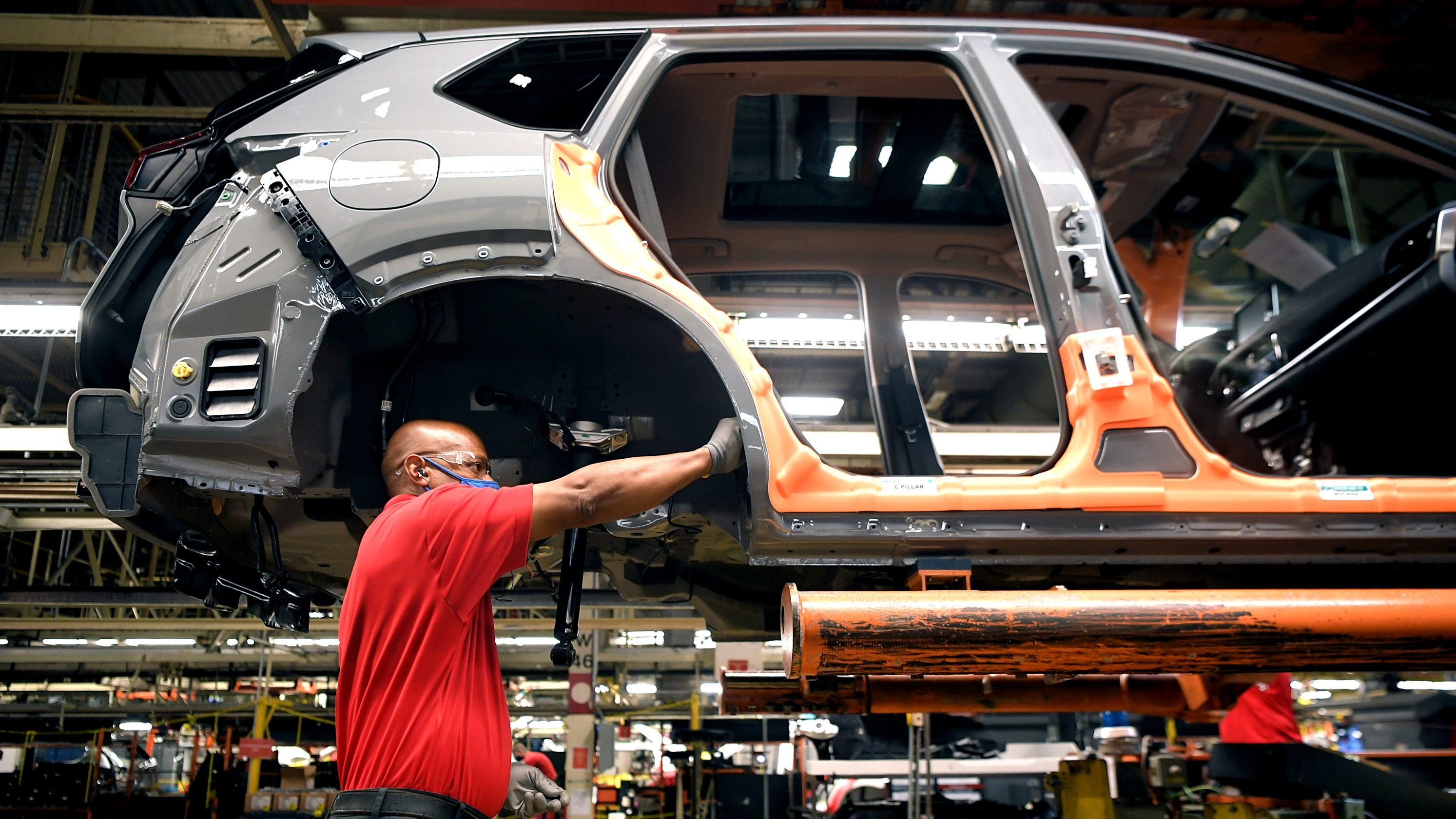 Nissan launches Rogue 2021 production at Tennessee plant