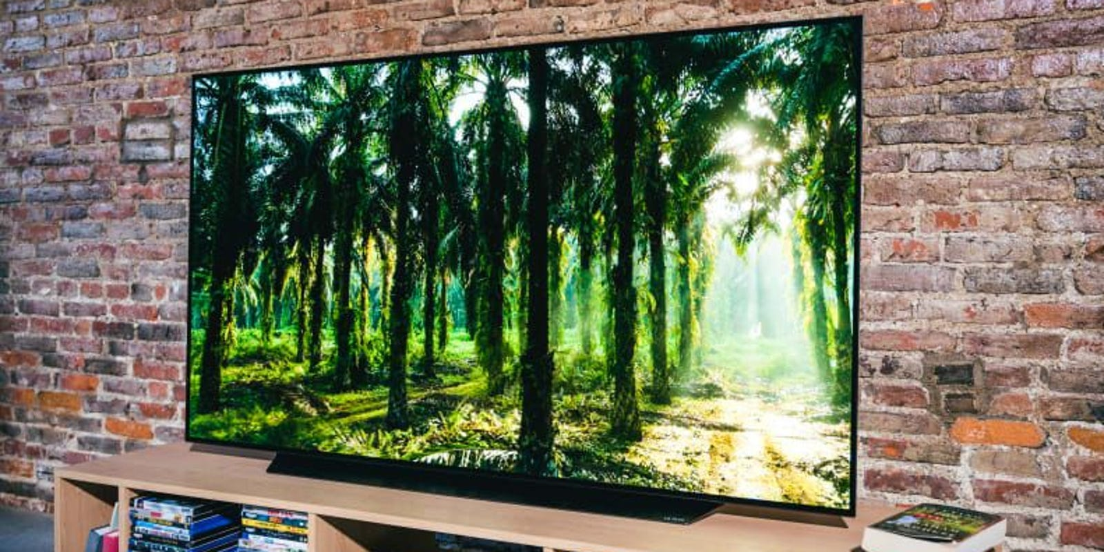 Save $1,200 on the LGOLED CX 4K TV