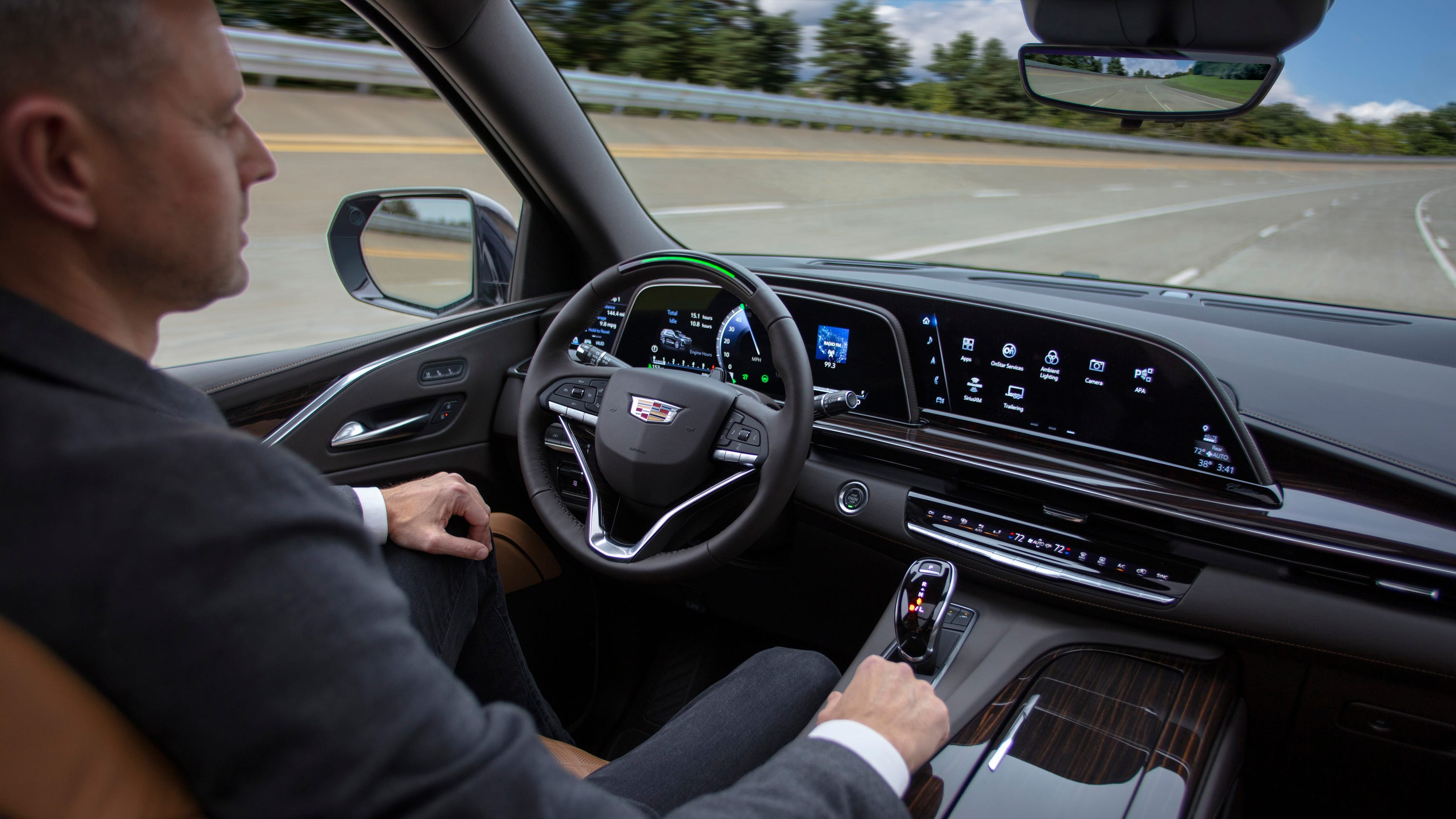 The tech you'll want when you buy a new car